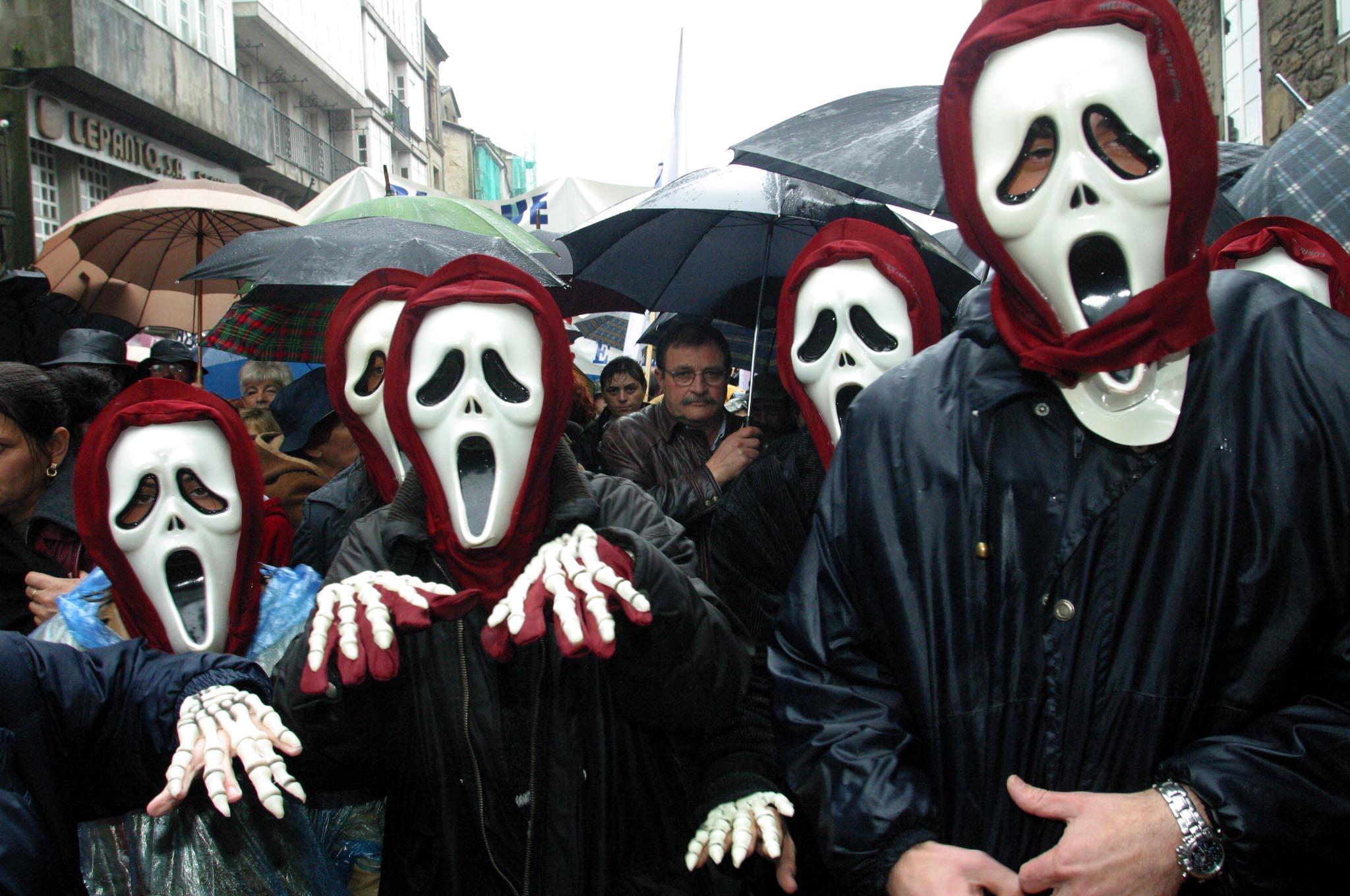 Manifestantes en Santiago. <br> Xoán A. Soler