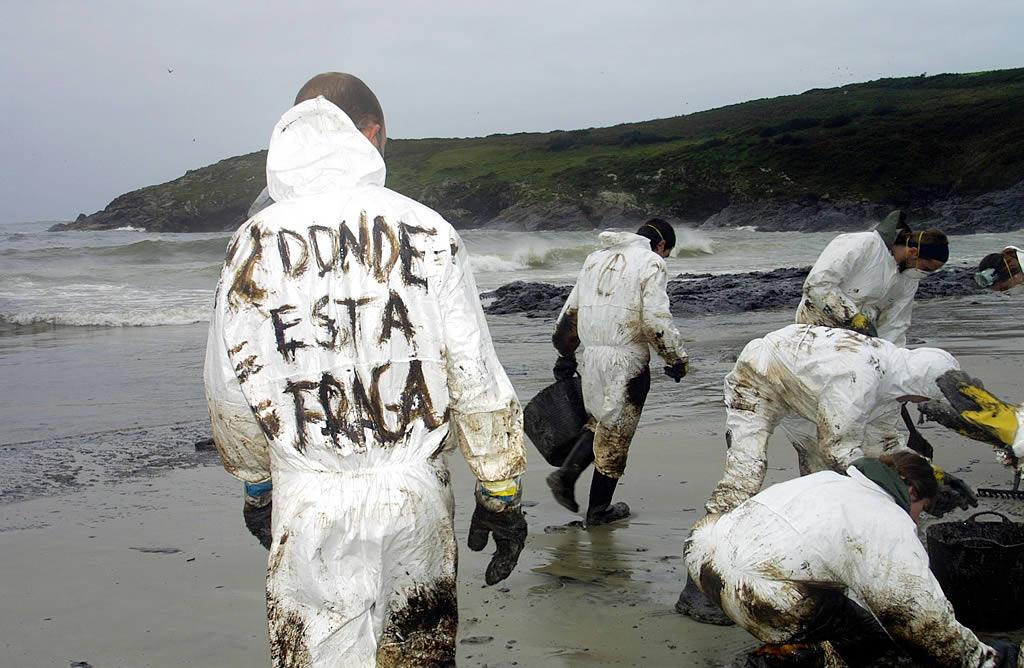 Algunos de los que no acudieron a la manifestación no dejaron de protestas contra la gestión de la crisis <br>José Manuel Casal