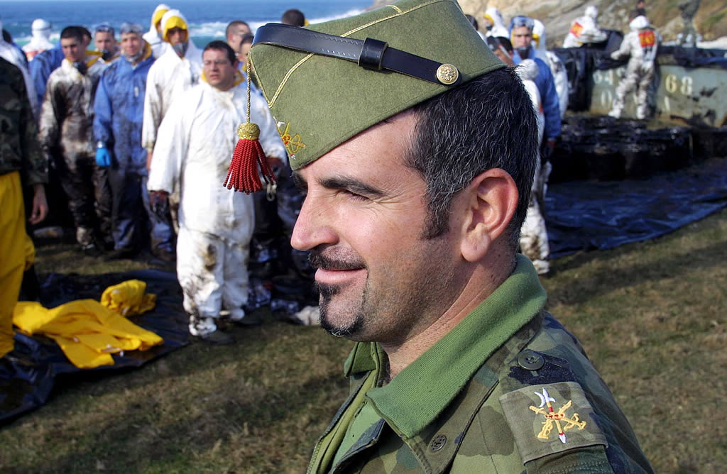 Militares de la Academia de Infantería de Toledo en Muxía  <br>José Manuel Casal