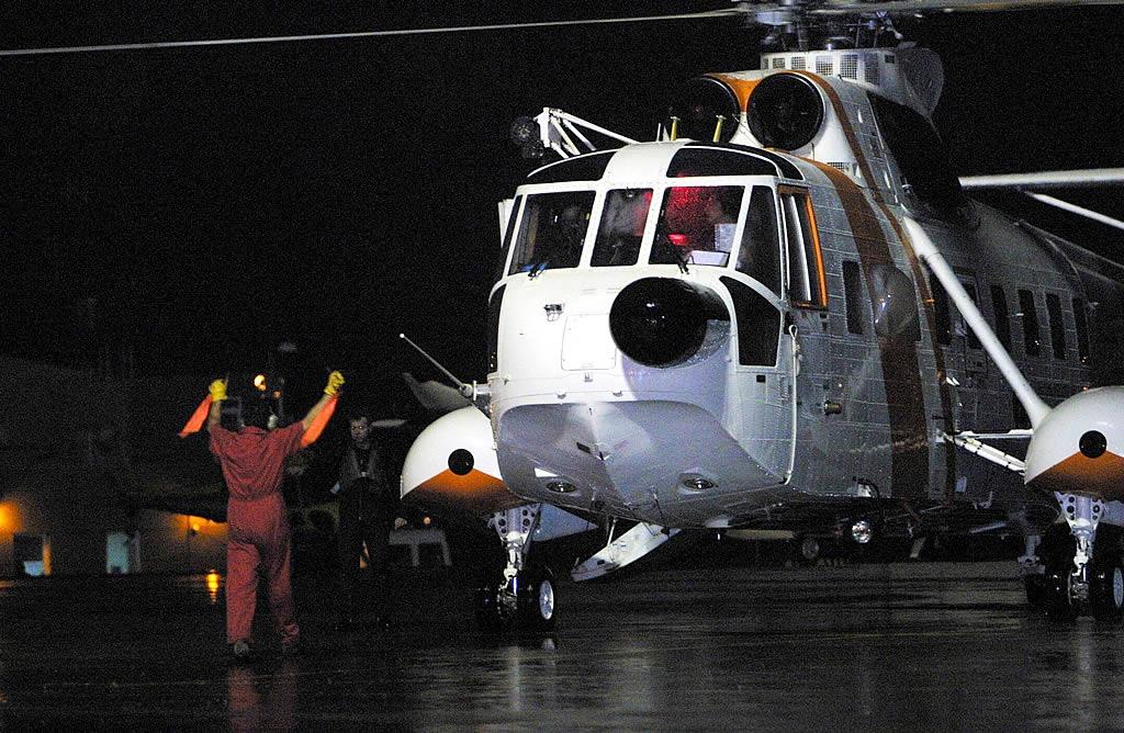 El capitán y el jefe de máquinas fueron arrestados en alta  mar y trasladados a A Coruña <br>César Quian