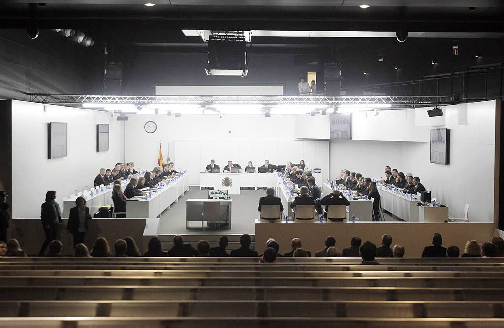 La sala de Expocoruña donde se celebra el juicio.<br><b>Gustavo Rivas</b>