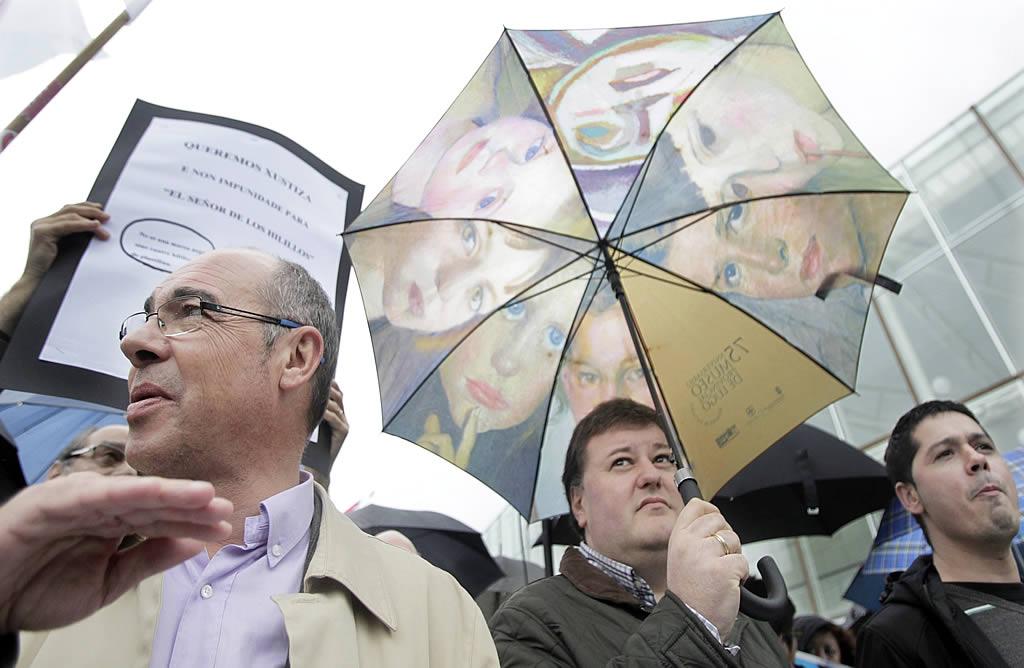 El candidato del BNG a la Xunta, Francisco Jorquera, en la protesta.<br><b>Gustavo Rivas</b>