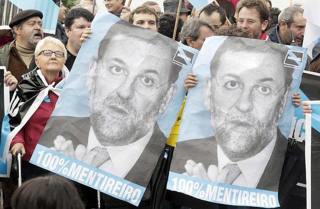Carteles contra Mariano Rajoy. <br><b>Gustavo Rivas</b>