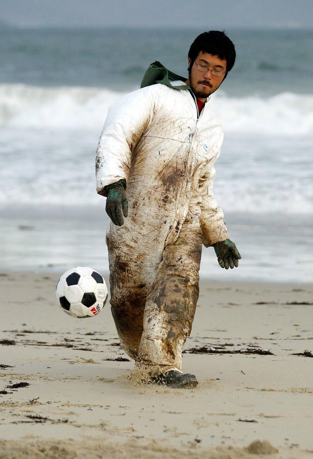 Cualquier lugar es bueno para patear un balón <br>Manuel Queimadelos