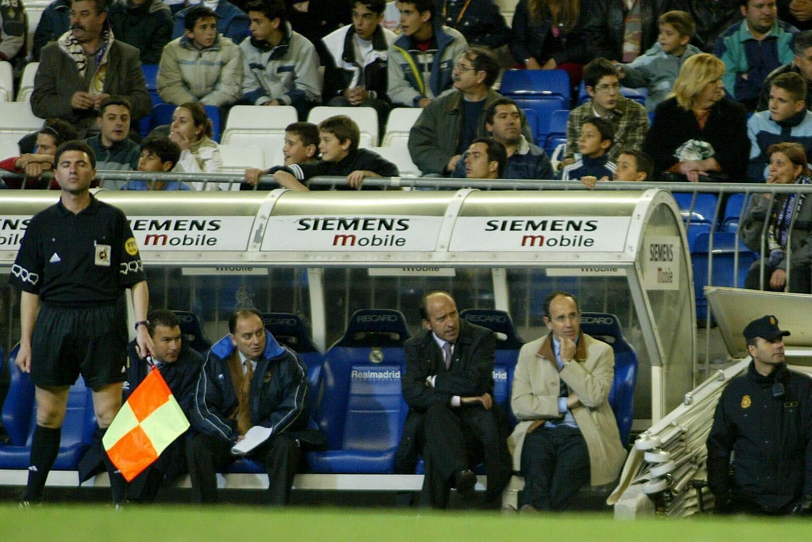 Partido benéfico en el Santiago Bernabéu. <br> <b>Juan Lázaro</b>